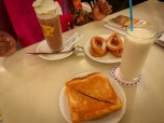Cacaolat, Majorcan milk, churros and toastie